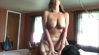 Slutty mature wife gets creampie from her ex husband
