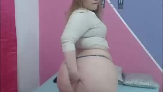 Webcam thick fat ass shaking for you