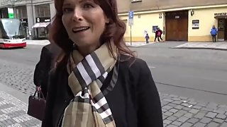 American mature MILF gets hard anal fucked by stranger in Prague