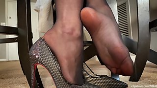 Caught By Mom's Co Worker Cleo Footjob HD