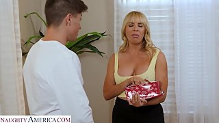 Stepmom Dana Dearmond finds bigger dick than her husband's