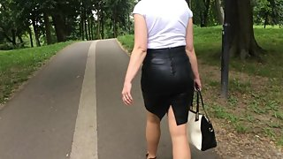 MILF in letaher pencil skirt