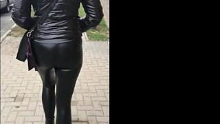 Walk in shiny leatherette leggings 7