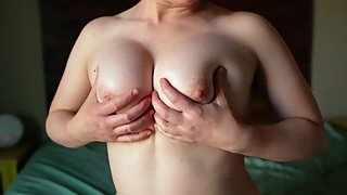 Girlfriend shows off her perfect tits and plays with dildo